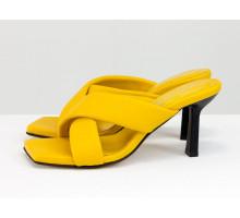 """Дизайнерские ярко-желтые шлепки """"крест на крест"""", из мягких кожаных ремешков, на каблуке-рюмочка, Новая Коллекция Весна-Лето от Gino Figini, Лимитированная серия, С-2130-02"""