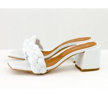 """Дизайнерские шлепанцы """"косички"""" на расклешенном невысоком каблуке, выполнены из натуральной итальянской кожи белого цвета, Новая Коллекция Весна-Лето от Gino Figini, С-2138-01"""