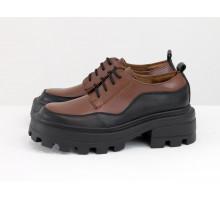 Женские туфли на высокой подошве с рельефным протектором, из натуральной кожи черного и коричневого цвета, на шнуровке, Т-2154-06