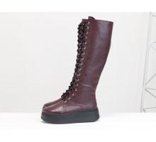 Высокие сапоги на шнуровке из натуральной кожи флотар бордового цвета, на утолщенной подошве, Коллекция Осень-Зима, М-2187-01