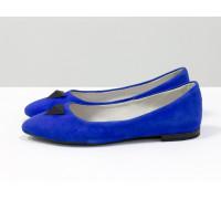 Балетки из натурального замша ярко-синего цвета с фурнитурой-пирамидка на носке, Коллекция Весна-Лето от Джино Фиджини, Т-413-21