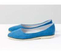 Классические туфли балетки из натурального итальянской замша голубого цвета на облегченной белой подошве, Т-413-49