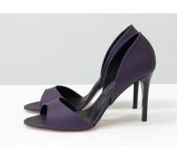 Босоножки с открытым носиком из натуральной итальянской матовой кожи фиолетового цвета, на удобном каблуке-шпилька, С-704-27