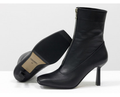"""Дизайнерские базовые ботильоны черного цвета, из натуральной гладкой кожи, на невысоком стильном каблуке """"рюмочка"""" и квадратном носке, с яркой металлической молнией, Эксклюзивная коллекция от Gino Figini,  Б-2102-01"""