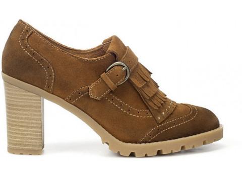 Особенности ухода за обувью в весенний период