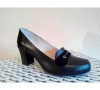 Туфли из натуральной кожи черного цвета на каблуке, Т-201ч
