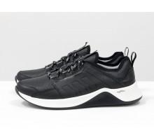 Черные мужские кроссовки, из натуральной кожи и перфорированными вставками, с подкладом из облегченной дышащей спортивной ткани, на черно-белой подошве, Т-М7-03
