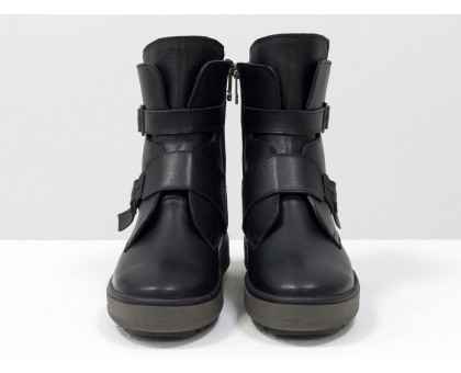 Спортивные черные кожаные Ботинки на ремнях  на коричневой ребристой подошве с черным рантом, коллекция Осень-Зима, Б-17460-05