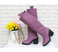 Высокие Сапоги свободного одевания из натуральной кожи цвета чайная роза, на и устойчивом  не высоком каблуке, М-17356